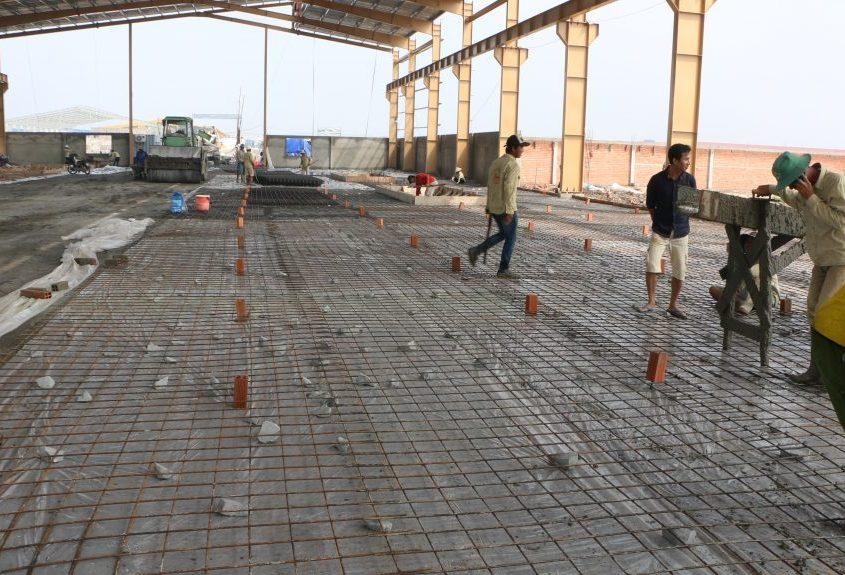 Nilon lót sàn bê tông –  Màng HDPE lót sàn HDPE 3 LỚP 15